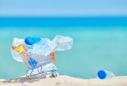 rifiuti spiagge smeda